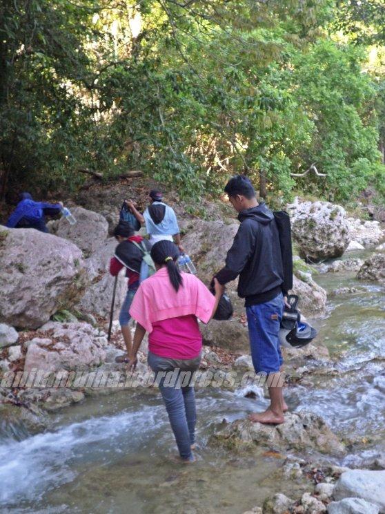 lewati sungai #takenbysamsung